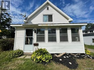 Photo 4: 151 Union Street in St. Stephen: House for sale : MLS®# NB062326