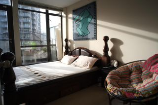 """Photo 9: 162 W 1ST Street in North Vancouver: Lower Lonsdale Townhouse for sale in """"ONE PARK LANE"""" : MLS®# R2024415"""
