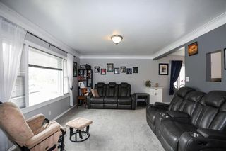 Photo 14: 199 Lumber Avenue in Steinbach: R16 Residential for sale : MLS®# 202024427
