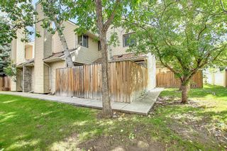 Main Photo: 115 34 Glamis Green SW in Calgary: Glamorgan Row/Townhouse for sale : MLS®# A1142801