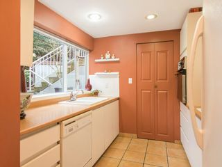 """Photo 16: 1585 MARINER Walk in Vancouver: False Creek Townhouse for sale in """"LAGOONS"""" (Vancouver West)  : MLS®# R2158122"""