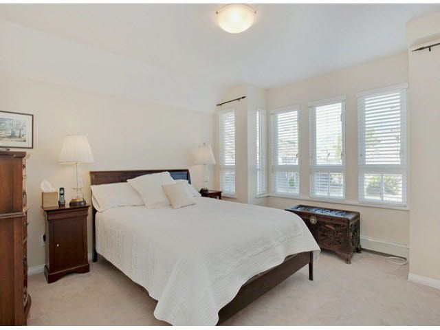 """Photo 16: Photos: 5 235 E 11TH Street in North Vancouver: Central Lonsdale Townhouse for sale in """"Fairview Court"""" : MLS®# V1094152"""