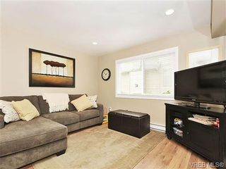 Photo 15: 2422 Twin View Dr in VICTORIA: CS Tanner House for sale (Central Saanich)  : MLS®# 650303