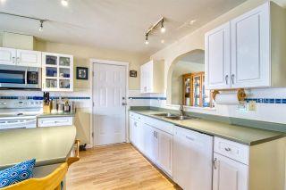 "Photo 11: 5670 CASCADE Crescent in Sechelt: Sechelt District House for sale in ""CASCADE COURT"" (Sunshine Coast)  : MLS®# R2566986"