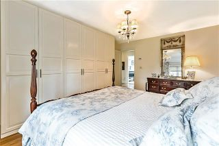 Photo 32: 527 Sunderland Avenue SW in Calgary: Scarboro Detached for sale : MLS®# A1061411