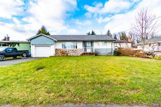Photo 2: 46679 PORTAGE Avenue in Chilliwack: Chilliwack N Yale-Well House for sale : MLS®# R2533892