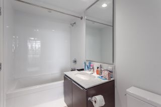 """Photo 6: 617 5233 GILBERT Road in Richmond: Brighouse Condo for sale in """"RIVER PARK PLACE"""" : MLS®# R2197114"""