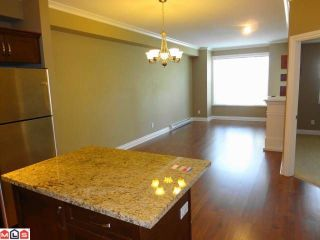 "Photo 4: # 205 20286 53A AV in Langley: Langley City Condo for sale in ""CASA VERONA"" : MLS®# F1209543"
