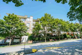 Photo 3: 308 801 KLAHANIE Drive in Port Moody: Port Moody Centre Condo for sale : MLS®# R2561801