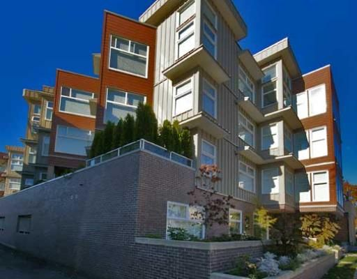 """Main Photo: 404 8915 HUDSON Street in Vancouver: Marpole Condo for sale in """"HUDSON MEWS"""" (Vancouver West)  : MLS®# V674926"""
