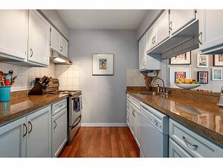 """Photo 7: 206 120 W 17TH Street in North Vancouver: Central Lonsdale Condo for sale in """"THE OLD COLONY"""" : MLS®# V1066487"""