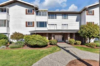 """Photo 2: 302 1390 MARTIN Street: White Rock Condo for sale in """"Kent Heritage"""" (South Surrey White Rock)  : MLS®# R2590811"""