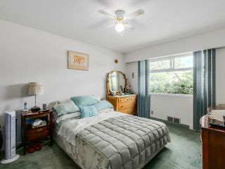 Photo 15: 4765 FAIRLAWN DR in Burnaby: Brentwood Park House for sale (Burnaby North)  : MLS®# V1136537