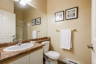 """Photo 17: 13 10038 150 Street in Surrey: Guildford Townhouse for sale in """"MAYFIELD GREEN"""" (North Surrey)  : MLS®# R2342820"""