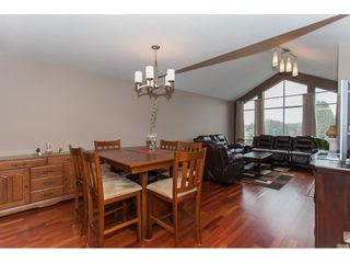Photo 9: 309 20600 53A AVENUE in Langley: Langley City Condo for sale : MLS®# R2146902