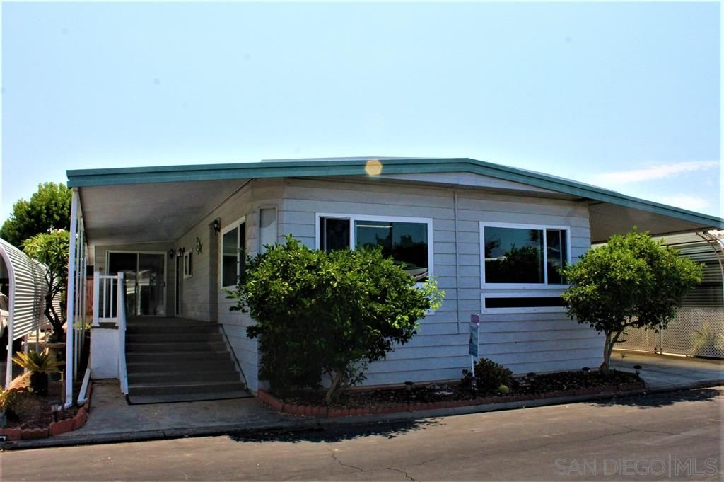 Main Photo: CARLSBAD WEST Mobile Home for sale : 2 bedrooms : 7218 San Lucas ST. #189 in Carlsbad