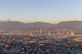Photo 1: 5505 4670 Assembly Way in Burnaby: Metrotown Condo for sale (Burnaby South)