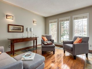 Photo 6: 67 Sierra Morena Circle SW in Calgary: Signal Hill Detached for sale : MLS®# C4239157