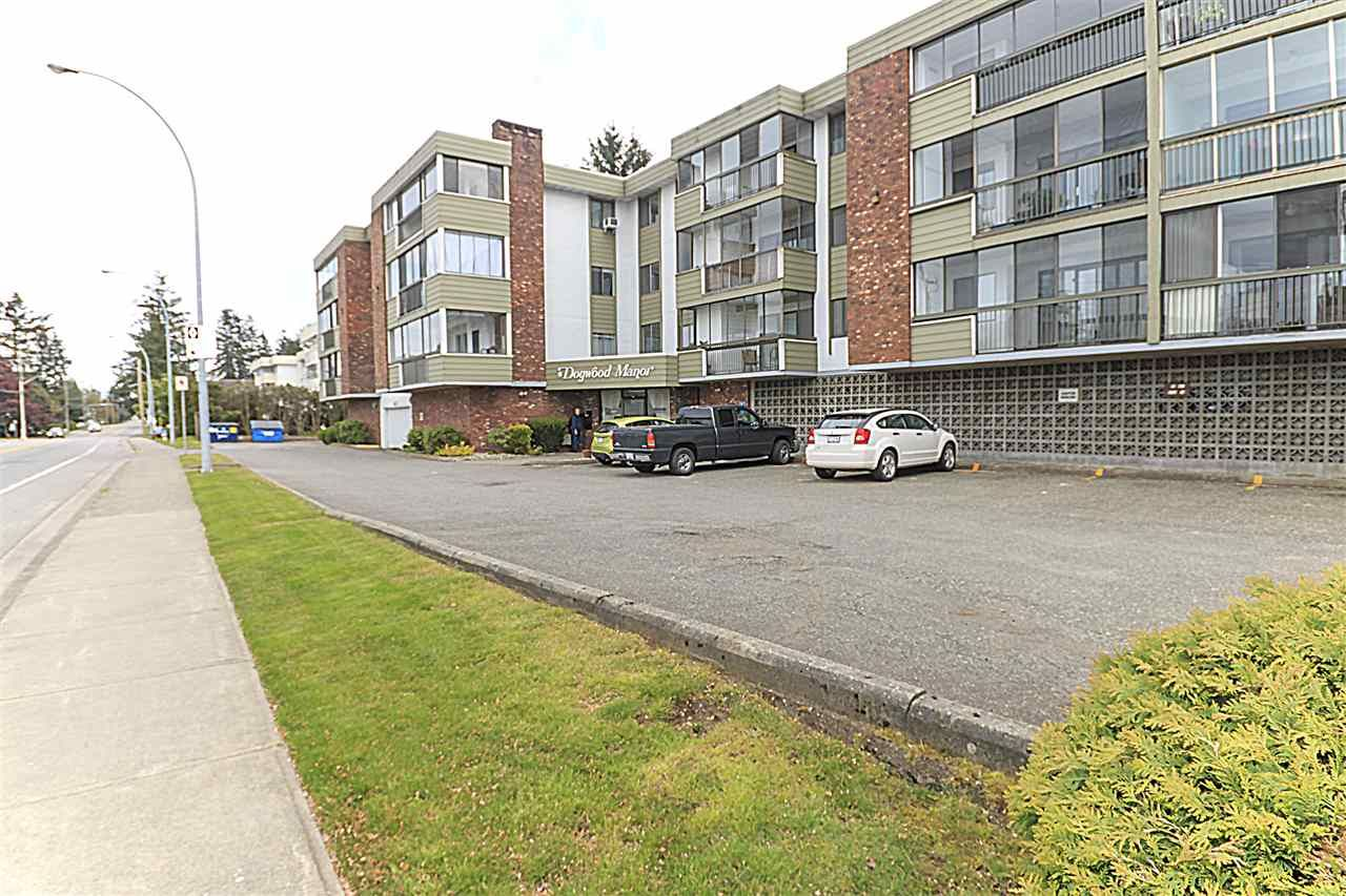 """Main Photo: 203 32040 PEARDONVILLE Road in Abbotsford: Abbotsford West Condo for sale in """"Dogwood Manor"""" : MLS®# R2166027"""