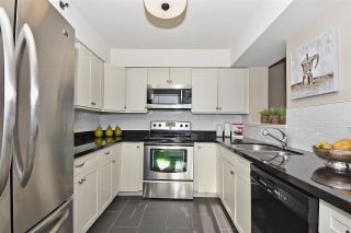"Photo 7: 703 3055 CAMBIE Street in Vancouver: Fairview VW Condo for sale in ""THE PACIFICA"" (Vancouver West)  : MLS®# R2087862"