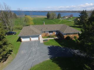Photo 1: 2044 Highway 376 in Lyons Brook: 108-Rural Pictou County Residential for sale (Northern Region)  : MLS®# 202117508