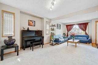Photo 4: 85 Edgeridge Close NW in Calgary: Edgemont Detached for sale : MLS®# A1110610