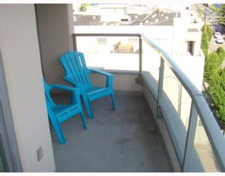 """Photo 3: 702 587 W 7TH Avenue in Vancouver: Fairview VW Condo for sale in """"AFFINITI"""" (Vancouver West)  : MLS®# V772091"""