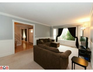 """Photo 3: 5885 ANGUS Place in Surrey: Cloverdale BC House for sale in """"JERSEY HILLS"""" (Cloverdale)  : MLS®# F1004441"""