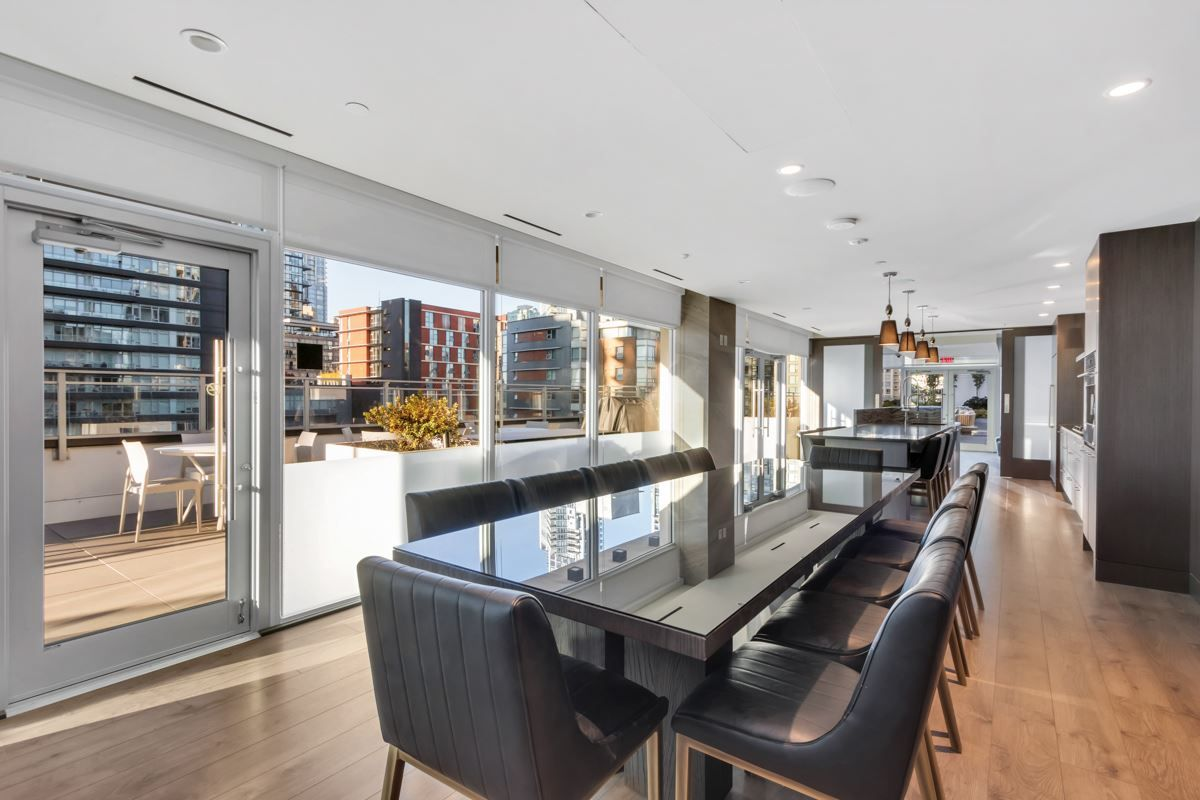 """Photo 23: Photos: 2001 499 PACIFIC Street in Vancouver: Yaletown Condo for sale in """"The Charleson"""" (Vancouver West)  : MLS®# R2456013"""