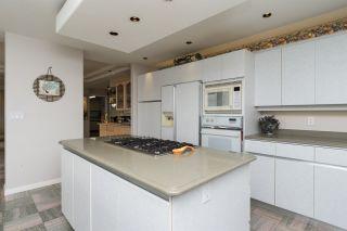 """Photo 8: 302 15050 PROSPECT Avenue: White Rock Condo for sale in """"Contessa"""" (South Surrey White Rock)  : MLS®# R2137317"""