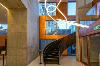 "Photo 24: 5601 1480 HOWE Street in Vancouver: Yaletown Condo for sale in ""VANCOUVER HOUSE"" (Vancouver West)  : MLS®# R2531161"