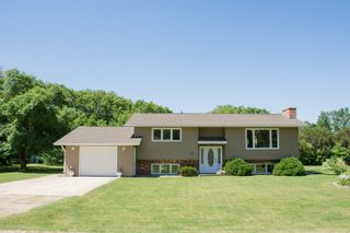 Photo 1: 21 Peters Street in Portage la Prairie RM: House for sale : MLS®# 202115270