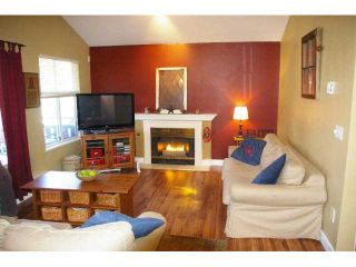 """Photo 2: 74 12099 237TH Street in Maple Ridge: East Central Townhouse for sale in """"GABRIOLA"""" : MLS®# V872819"""