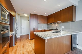 "Photo 8: 2507 1155 THE HIGH Street in Coquitlam: North Coquitlam Condo for sale in ""M1"" : MLS®# R2341233"