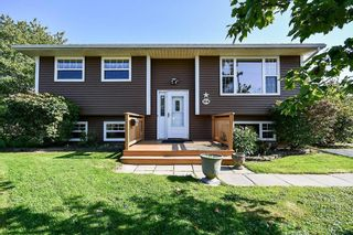 Photo 1: 104 Shrewsbury Road in Dartmouth: 16-Colby Area Residential for sale (Halifax-Dartmouth)  : MLS®# 202125596