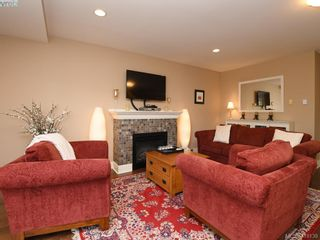 Photo 11: 106 1825 Kings Rd in VICTORIA: SE Camosun Row/Townhouse for sale (Saanich East)  : MLS®# 829546