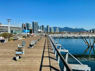 "Photo 33: 186 ATHLETES Way in Vancouver: False Creek Condo for sale in ""VILLAGE ON FALSE CREEK - BRIDGE"" (Vancouver West)  : MLS®# R2575530"