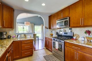 Photo 8: RANCHO BERNARDO House for sale : 3 bedrooms : 11487 Aliento in San Diego