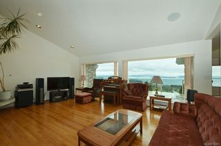 Photo 2: 1704 Mayneview Terr in : NS Dean Park House for sale (North Saanich)  : MLS®# 872865