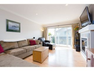 """Photo 3: 31 5839 PANORAMA Drive in Surrey: Sullivan Station Townhouse for sale in """"Forest Gate"""" : MLS®# F1441594"""