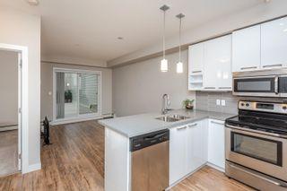 Photo 7: 211 10418 81 Avenue in Edmonton: Zone 15 Condo for sale : MLS®# E4264981