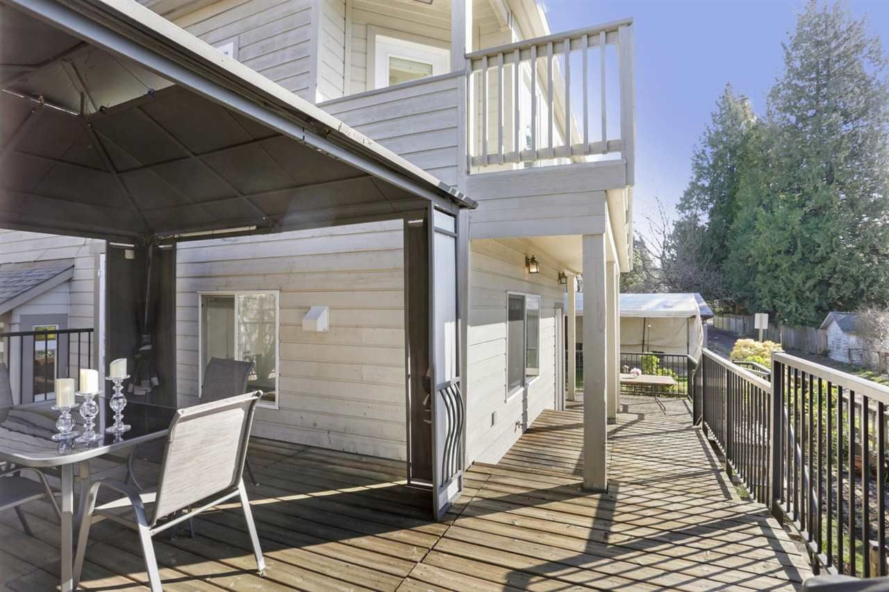 Photo 17: Photos: 325 W KINGS Road in North Vancouver: Upper Lonsdale House for sale : MLS®# R2443642