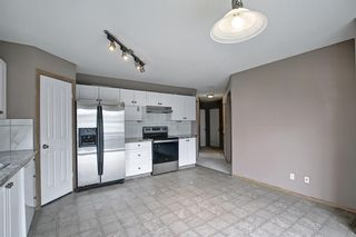 Photo 6: 379 Coventry Road NE in Calgary: Coventry Hills Detached for sale : MLS®# A1139977