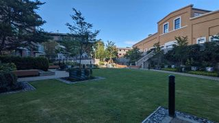 """Photo 10: 373 250 E 6TH Avenue in Vancouver: Mount Pleasant VE Condo for sale in """"THE DISTRICT"""" (Vancouver East)  : MLS®# R2595941"""
