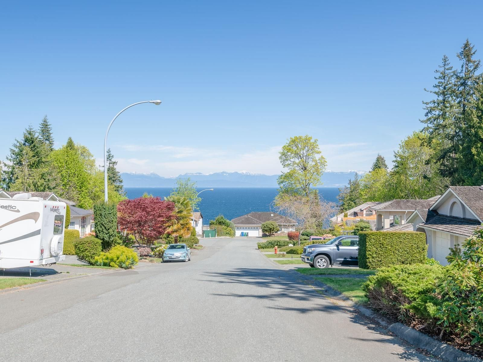 Main Photo: 6102 Greenwood Pl in : Na North Nanaimo House for sale (Nanaimo)  : MLS®# 873732