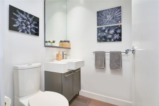 Photo 10: 205 1055 RIDGEWOOD Drive in North Vancouver: Edgemont Townhouse for sale : MLS®# R2575965