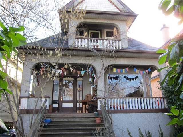 Main Photo: 3246 Fleming Street: Knight Home for sale ()