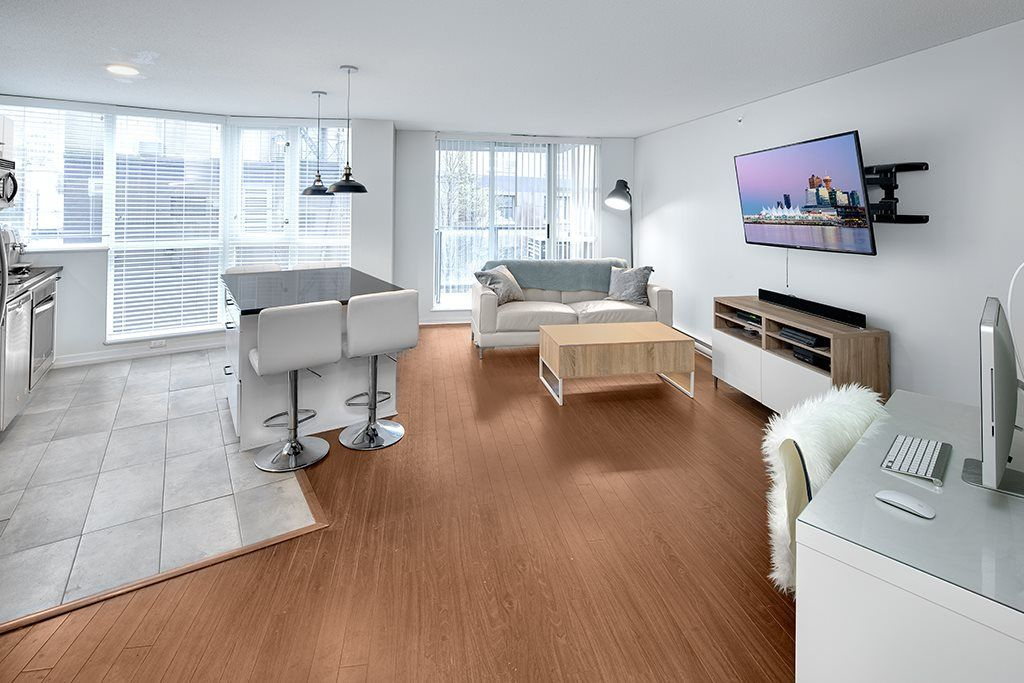 """Main Photo: 202 1199 SEYMOUR Street in Vancouver: Downtown VW Condo for sale in """"BRAVA"""" (Vancouver West)  : MLS®# R2260600"""