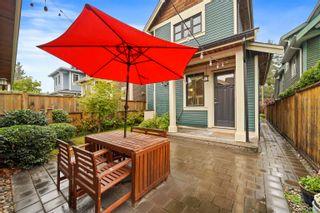 Photo 2: 1284 E 14TH Avenue in Vancouver: Mount Pleasant VE 1/2 Duplex for sale (Vancouver East)  : MLS®# R2623607