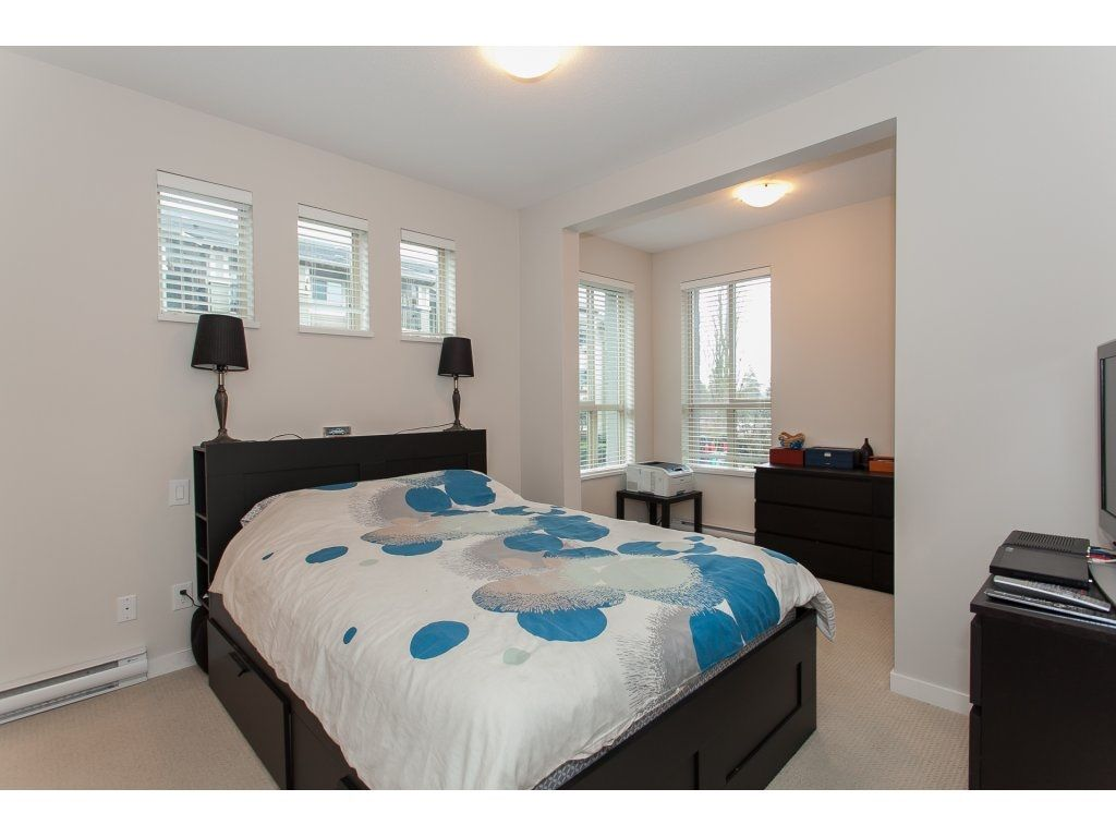 """Photo 13: Photos: 210 5655 210A Street in Langley: Salmon River Condo for sale in """"CORNERSTONE NORTH"""" : MLS®# R2152844"""